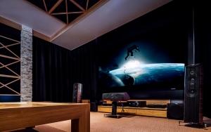 kino w salonie
