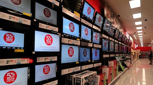 telewizory w sklepie