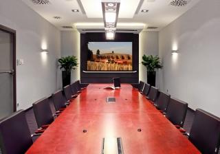 Projekcje video w nietypowych salach konferencyjnych